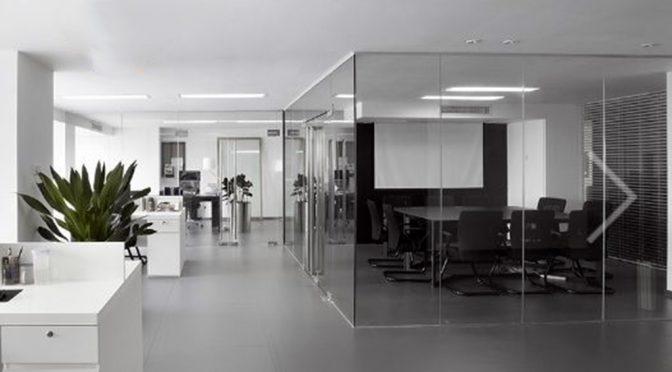 na zdjęciu nowoczesny i komfortowy lokal biuro we Wrocławiu do wynajęcia
