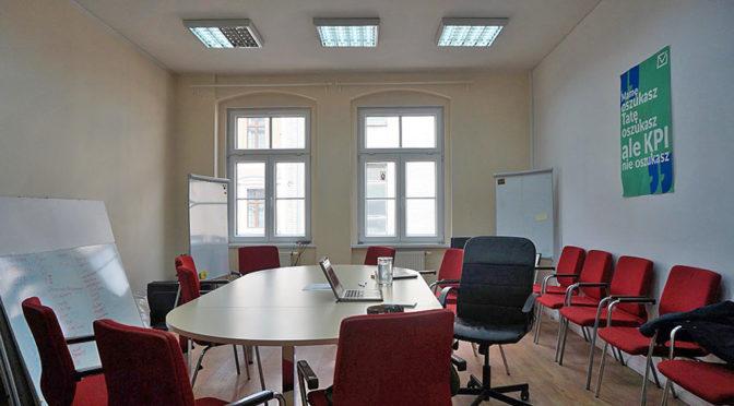 wnętrze i sala konferencyjna w biurze do wynajmu Wrocław Stare Miasto