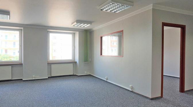 przestronne wnętrze biura do wynajęcia Wrocław Stare Miasto