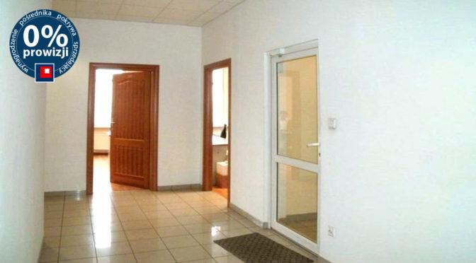przestronny hol z rozkładem pomieszczeń biura do wynajęcia Wrocław